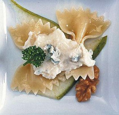 pasta con gorgonzola, noci e pere.jpg