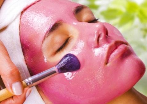 strawberry-wheat-flour-face-mask.jpg