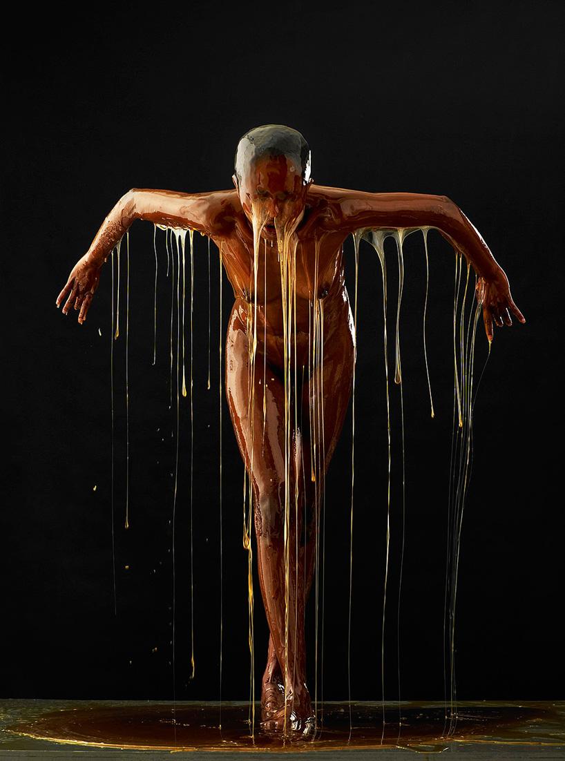 blake-little-honey-covered-humans-preservation-designboom-10.jpg