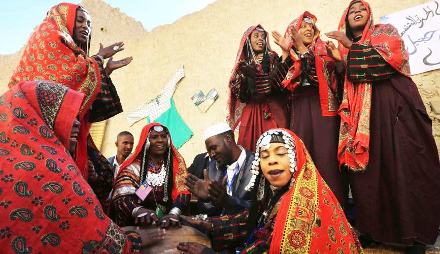 tuareg_people_lybian_desert_festival.jpg