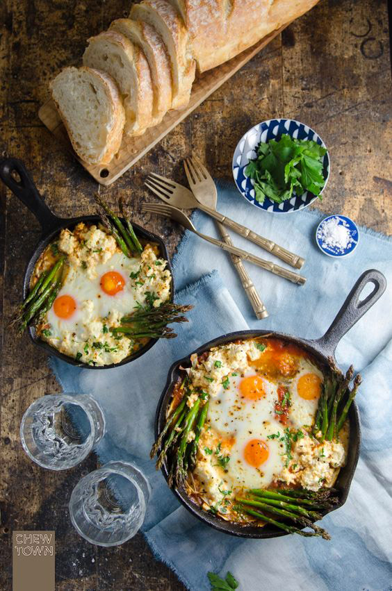 baked_eggs_with_italian_sugo_asp_and_ricotta_by_chew_town.jpg