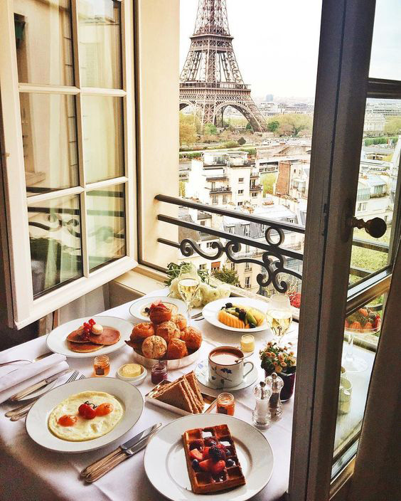 parisian_breakfast.jpg