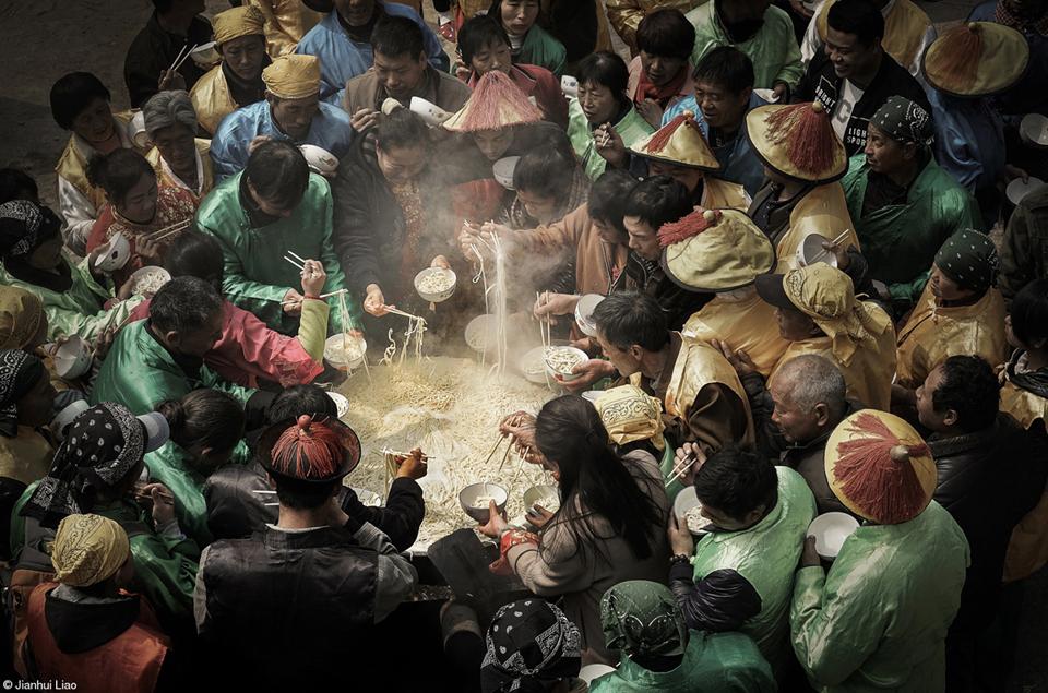 main_prize_cauldron_noodles_jianhui_liao.jpg