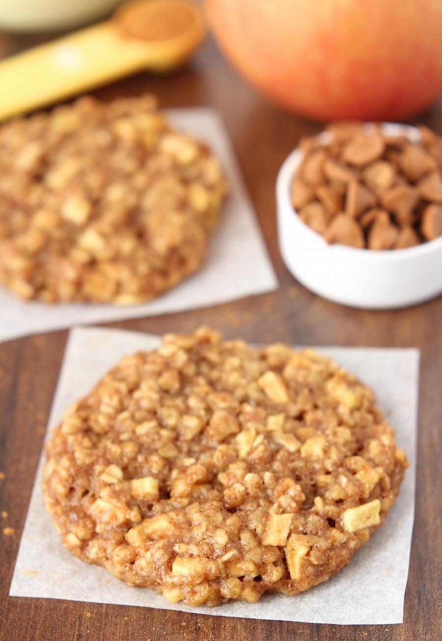apple-pie-oatmeal-cookies_1362.jpg