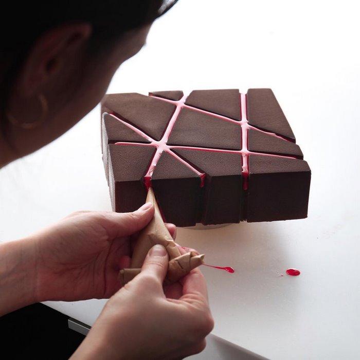 architectural-cake-designs-patisserie-dinara-kasko-06.jpg