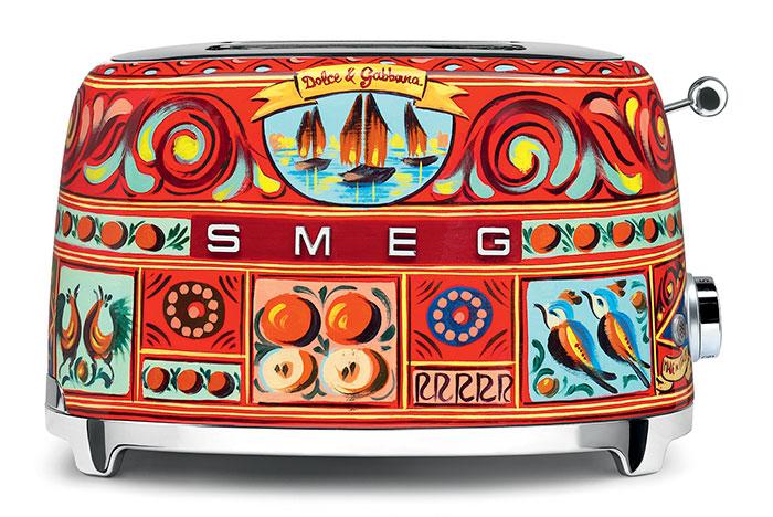 dolce-gabbana-smeg-kitchen-appliance-line-15-58f5c4f822a60_700.jpg
