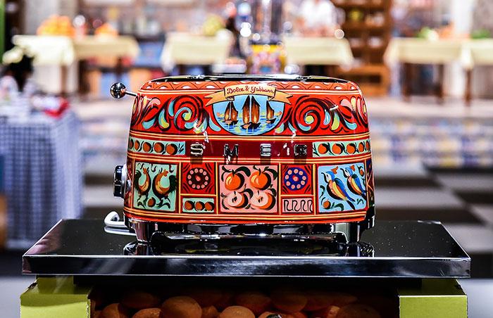 dolce-gabbana-smeg-kitchen-appliance-line-18.jpg