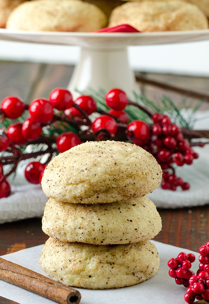 easy-cream-cheese-cinnamon-christmas-cookies-01.jpg