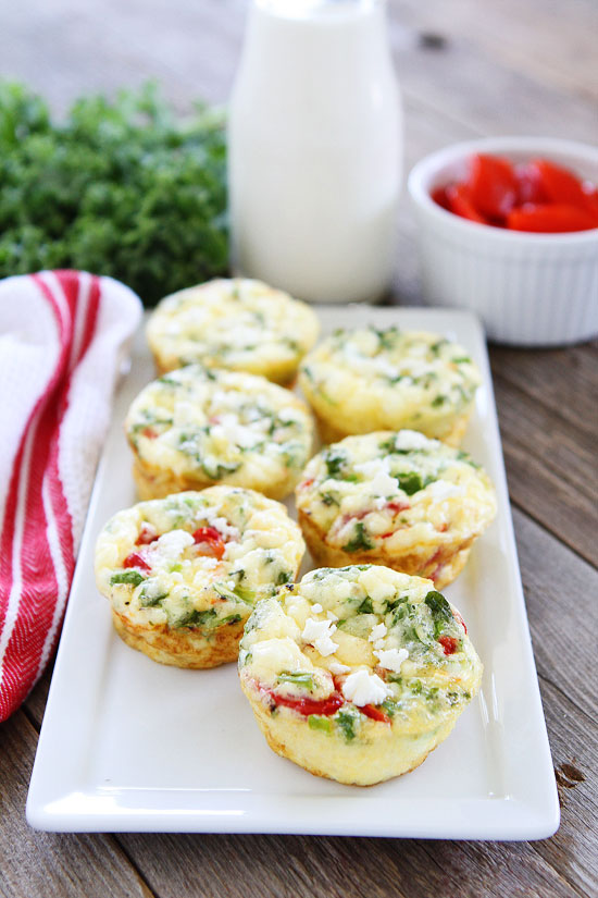 egg-muffins-with-kale-roasted-red-pepper-and-feta-5.jpg