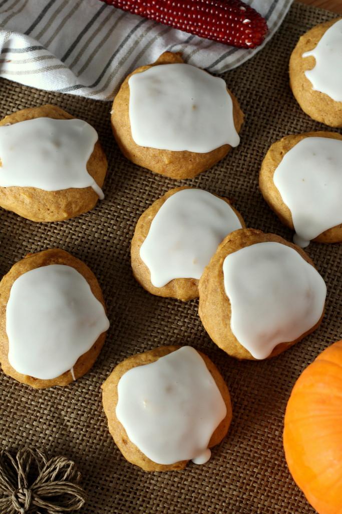 famous-soft-glazed-pumpkin-cookies-3-683x1024.jpg