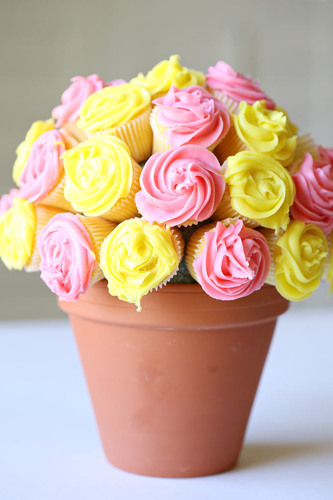 flower-cupcake-bouquet-11-copy.jpg