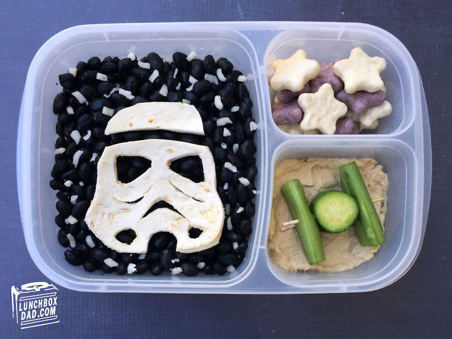 i-make-my-kids-star-wars-lunches-to-take-to-school-5_880.jpg