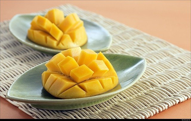 mango-2360551_640_1.jpg