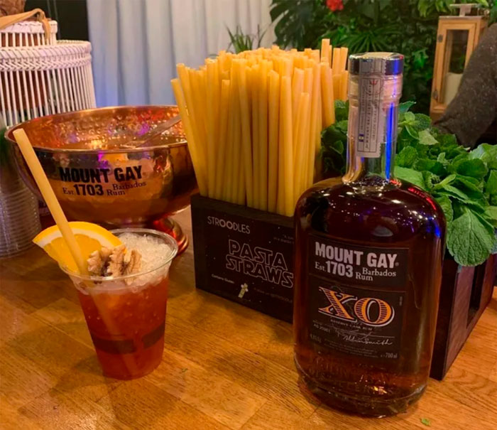 pasta-straws-reduce-plastic-waste-italy-bars-4-5d9c4ea7da768_700.jpg
