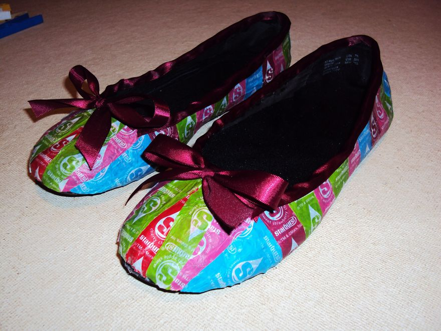 shoes-005-59166a267b99f_880.jpg