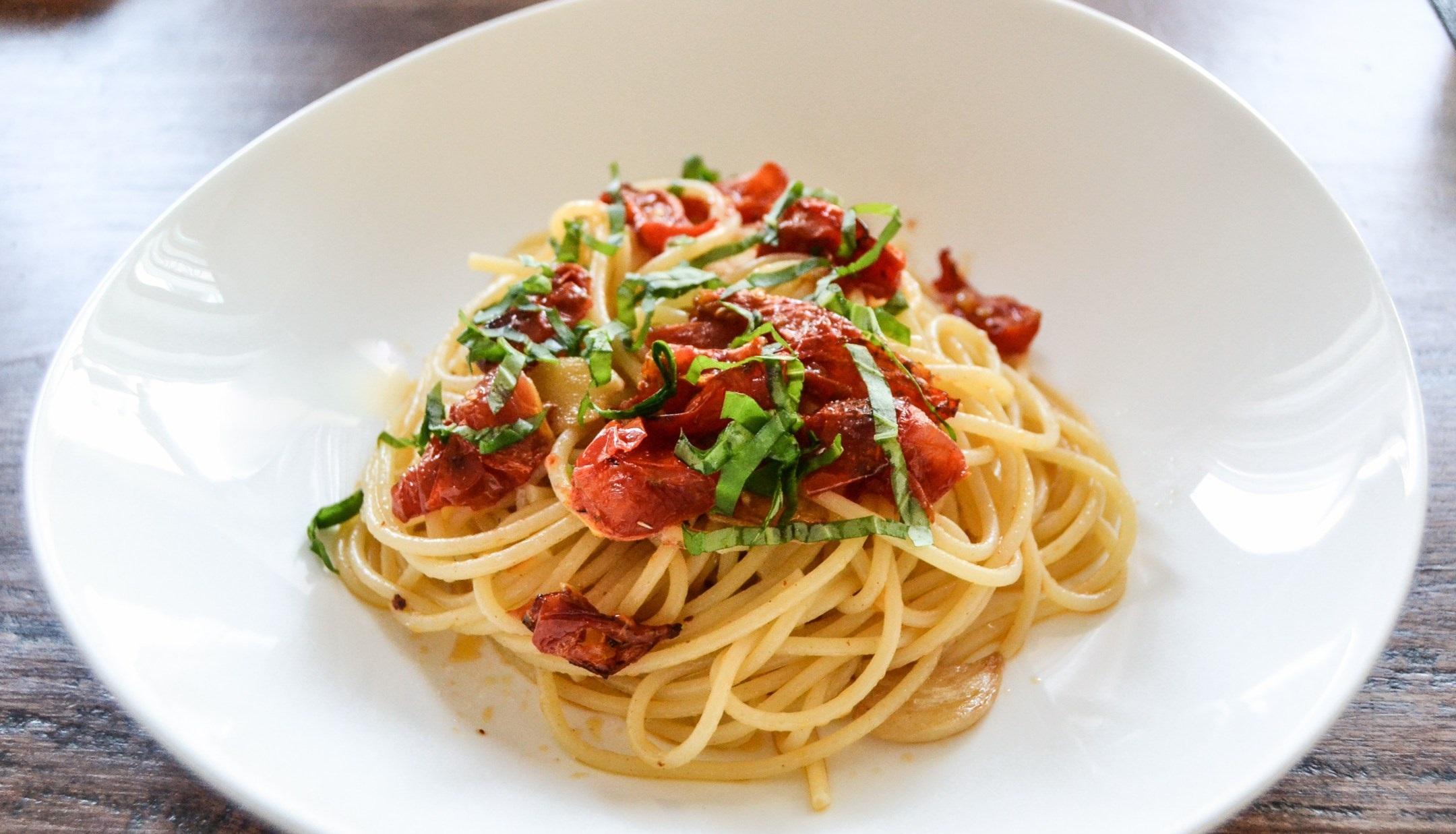spaghetti-aglio-olio-peperoncino-3.jpg