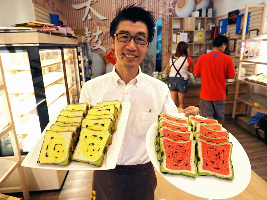 square-watermelon-bread-jimmys-bakery-taiwan-4.jpg