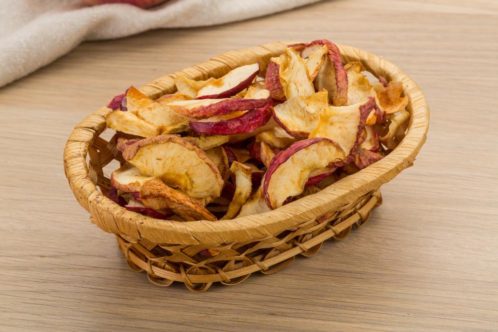 three-ingredient-airfryer-apple-chips.jpg
