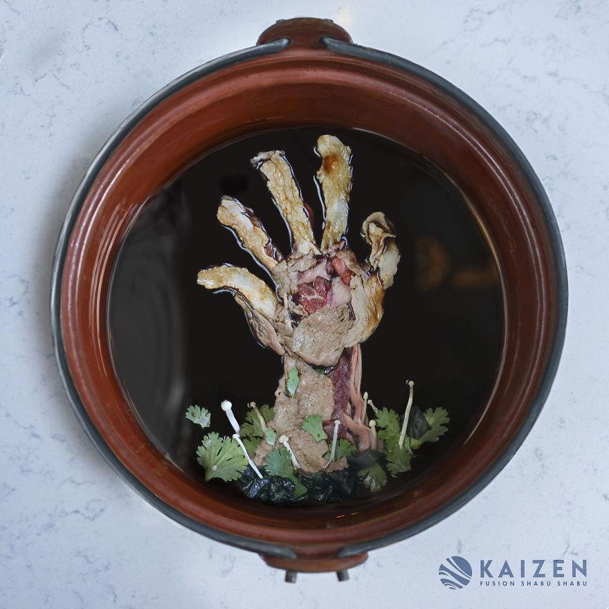zombie-5f821fad25b42_880.jpg