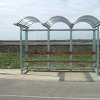Az önkormányzat már vizsgálja a Rácz kerti fedett buszváró bekerülési költségét !