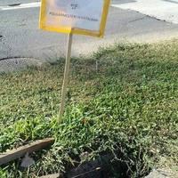Újabb humoros felirattal hívta fel egy városlakó, a két éves problémára a figyelmet!