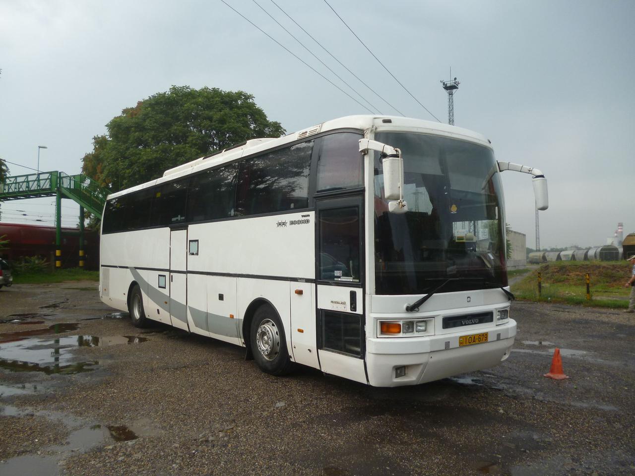 m3_autopalya_bus_1.jpg