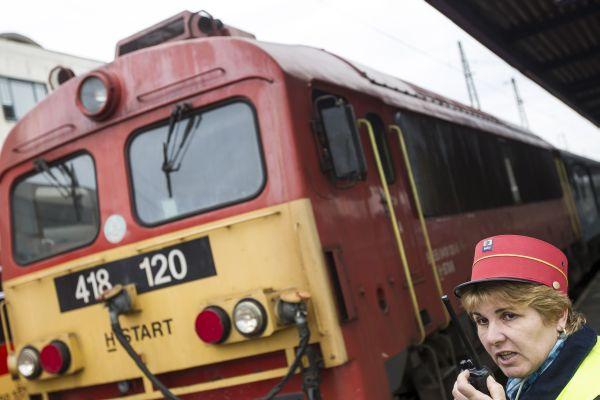 vonat-mav.jpg