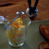 Tökéletes reggeli – Lágy tojás, kapirgálós tyúk tojásából