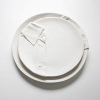 Vacsorához öltözött tálak, ahogy azt Marianne Van Ooij megálmodta