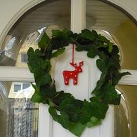 Hogyan lesz a királylány ékszereiből, karácsonyi ajtódísz?