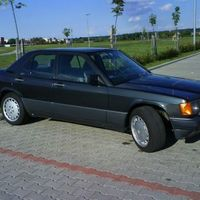Baby-Katapult-Benz