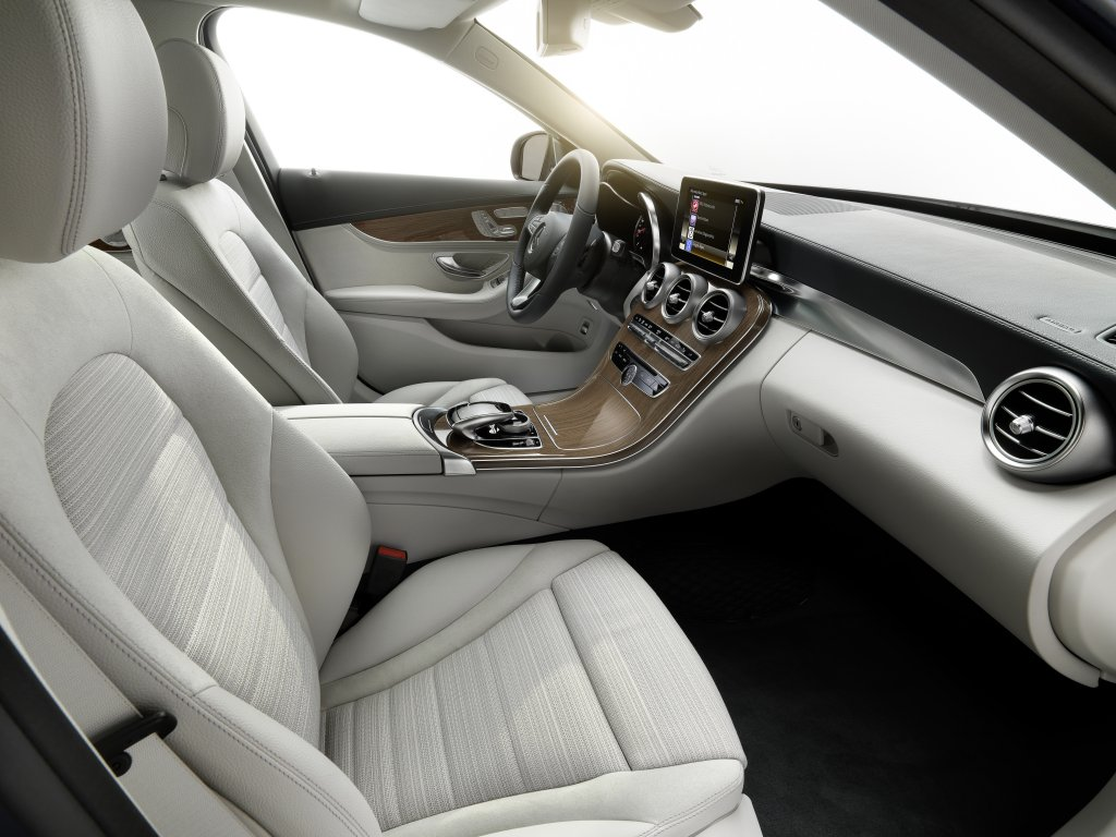 W205_interior2.jpg