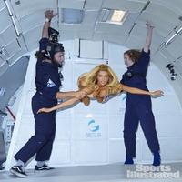 Kate Upton mellei legyőzik a gravitációt