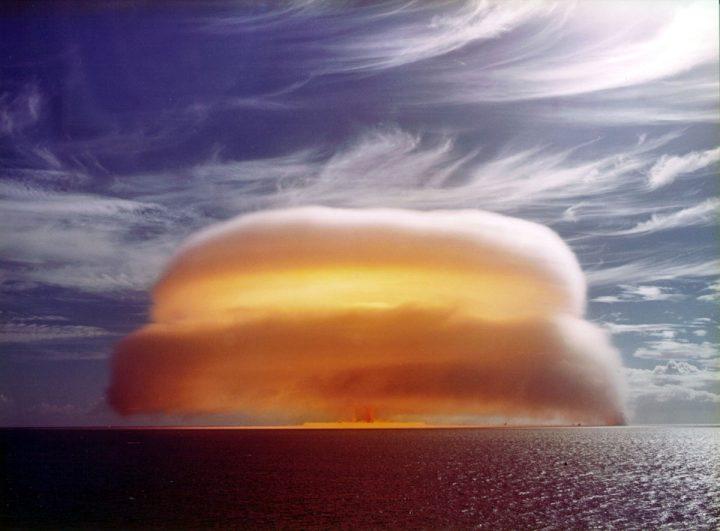 dione-explosion-720x531.jpg