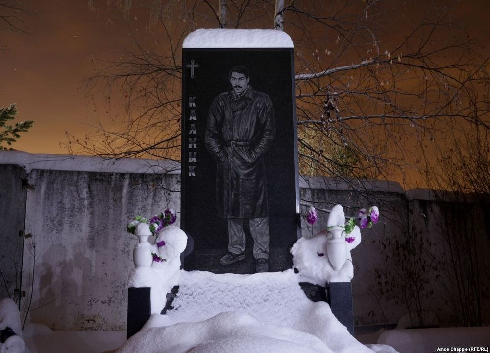 gangster-cemetery-yekaterinburg-192.jpeg
