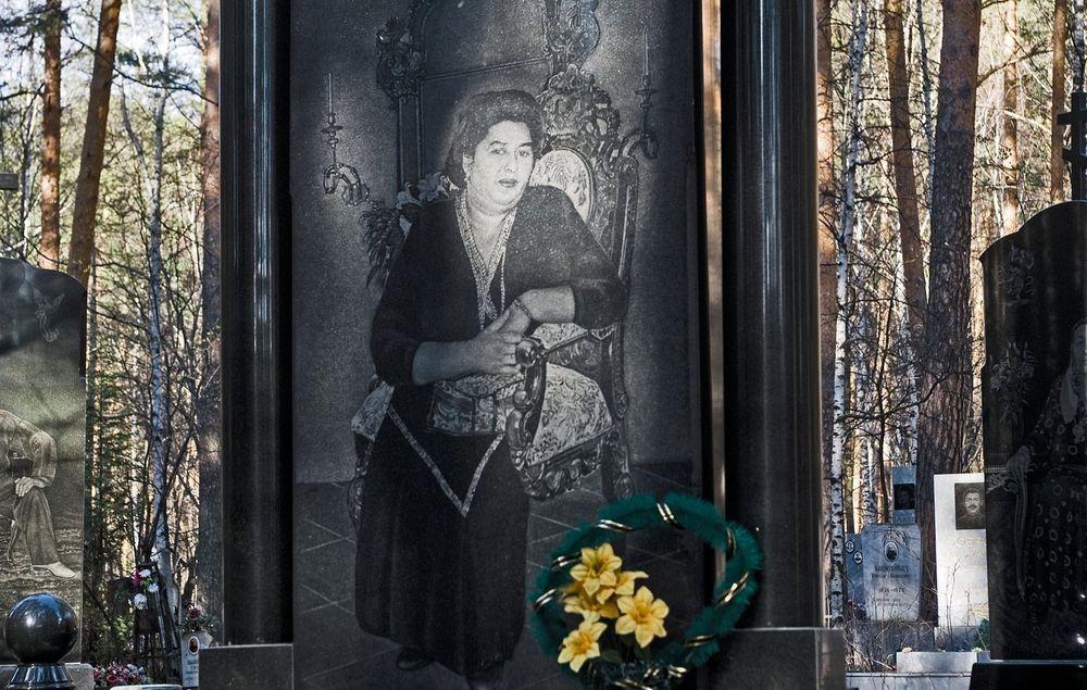 gangster-cemetery-yekaterinburg-237.jpeg