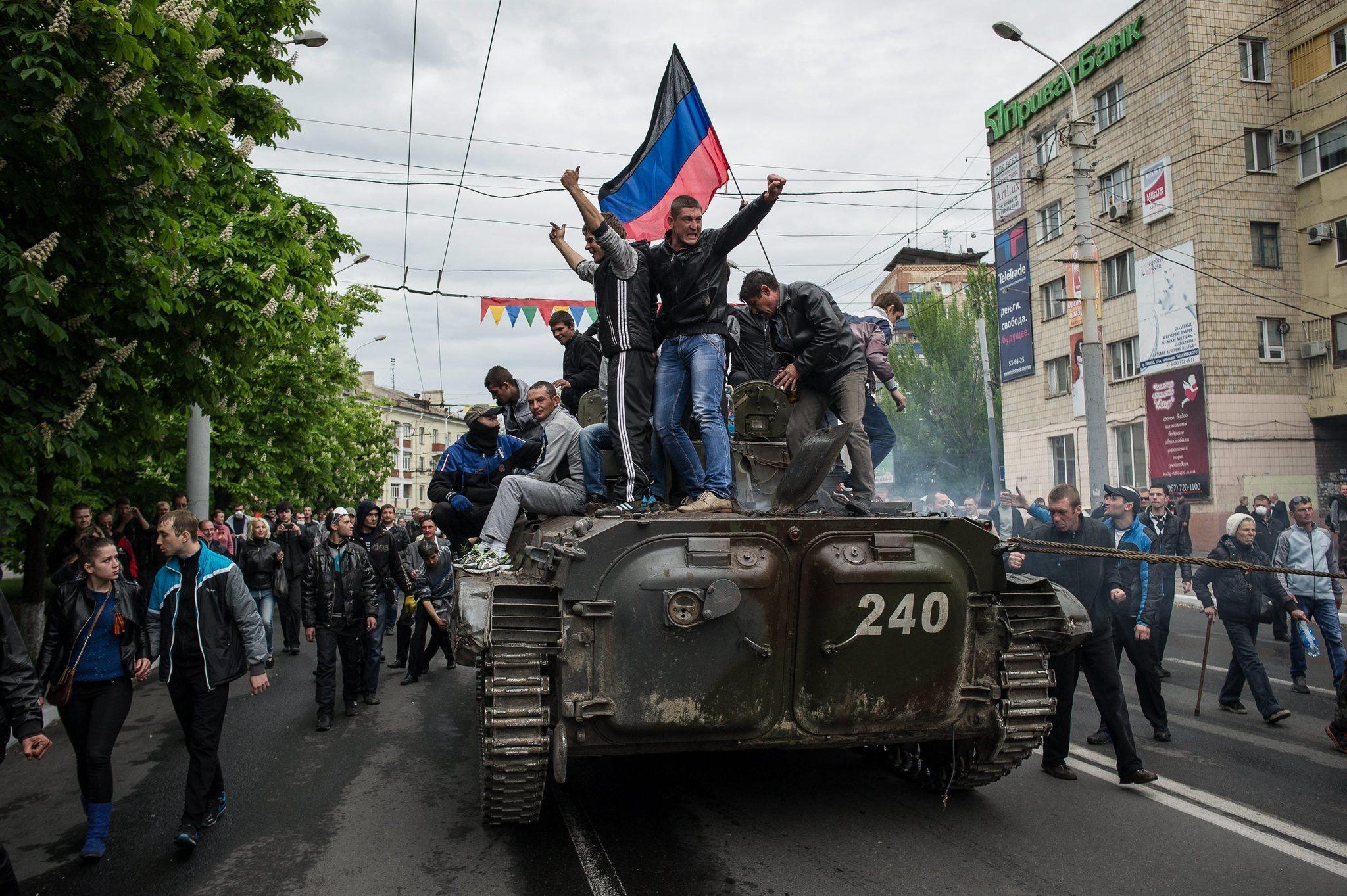 la-fg-ukraine-russia-separatist-referendum-20140510.jpeg