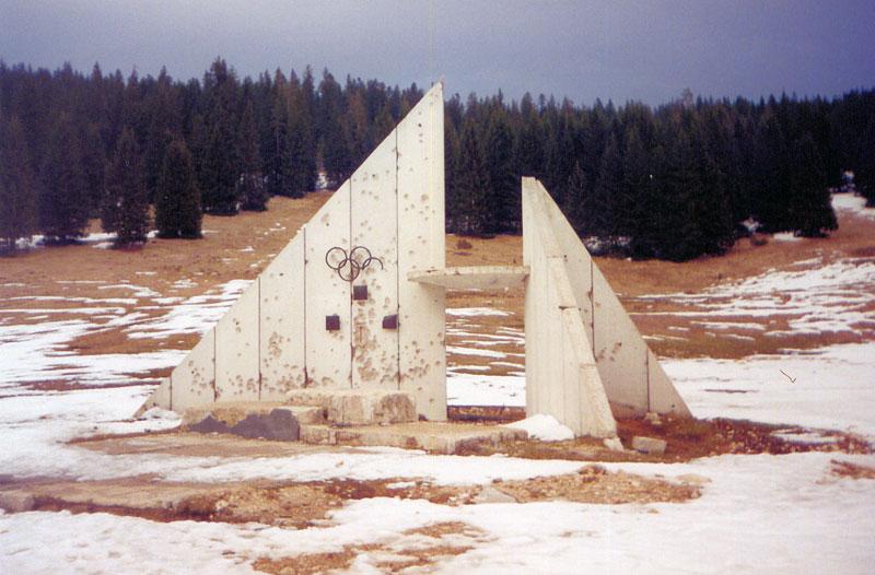 sarajevo-84-winter-olympics-abandoned-bobsleigh-luge-track-bosnia-herzegovina-1.jpg