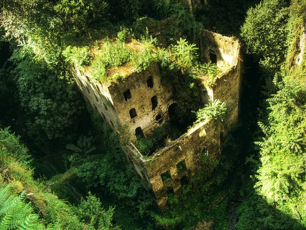 valley-of-mills-sorrento.jpg
