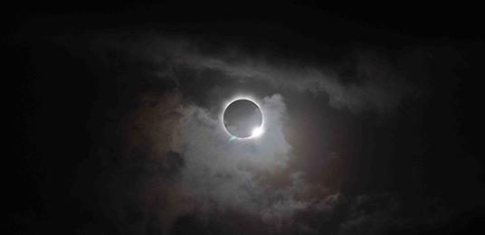 total-eclipse-nasa-sdo.jpg