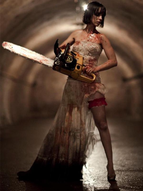 top10_zombie_hunters_clara_1.jpg