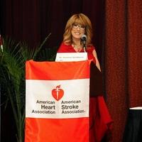 Újabb doktornő, Dr. Suzanne Steinbaum szívgyógyász ajánlja a Transzcendentális Meditációt