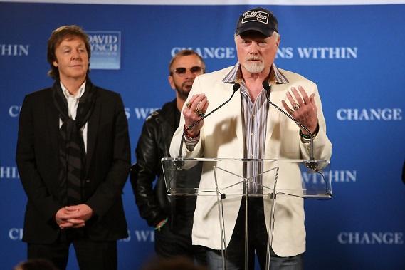 Paul+McCartney+Mike+Love+David+Lynch+Foundation+bfh5S8f0pEVx.jpg