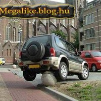 Nem tud parkolni...