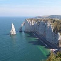 Történelmi mementók és káprázatos természeti látnivalók - a La Manche partvidéke