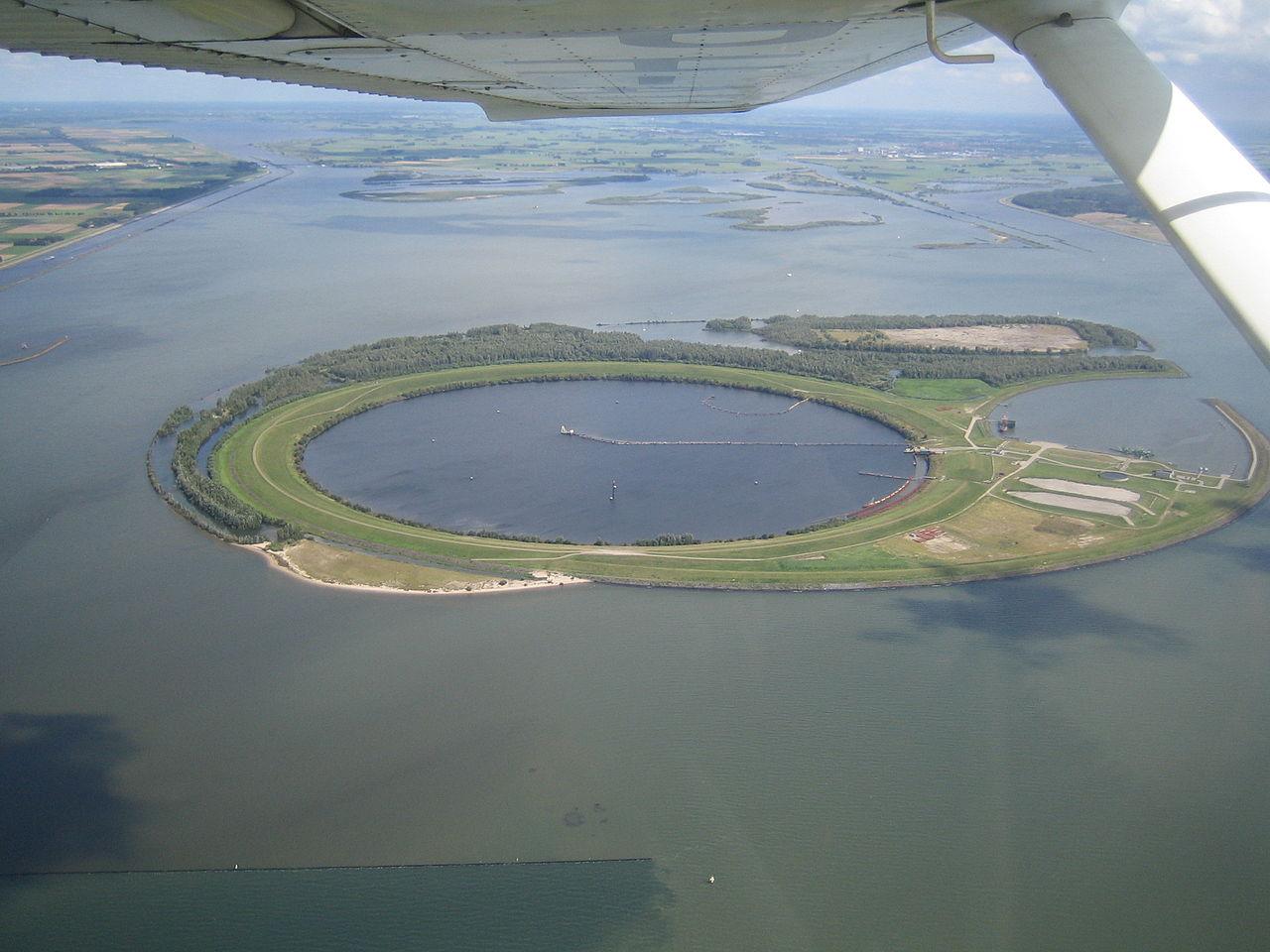 1280px-ijsseloog_eiland.JPG