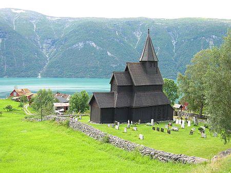 450px-urnes_stave_church_1.jpg