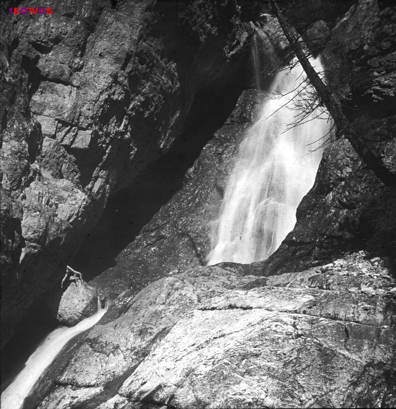 Eötvös Loránd fényképe a vízesésekről