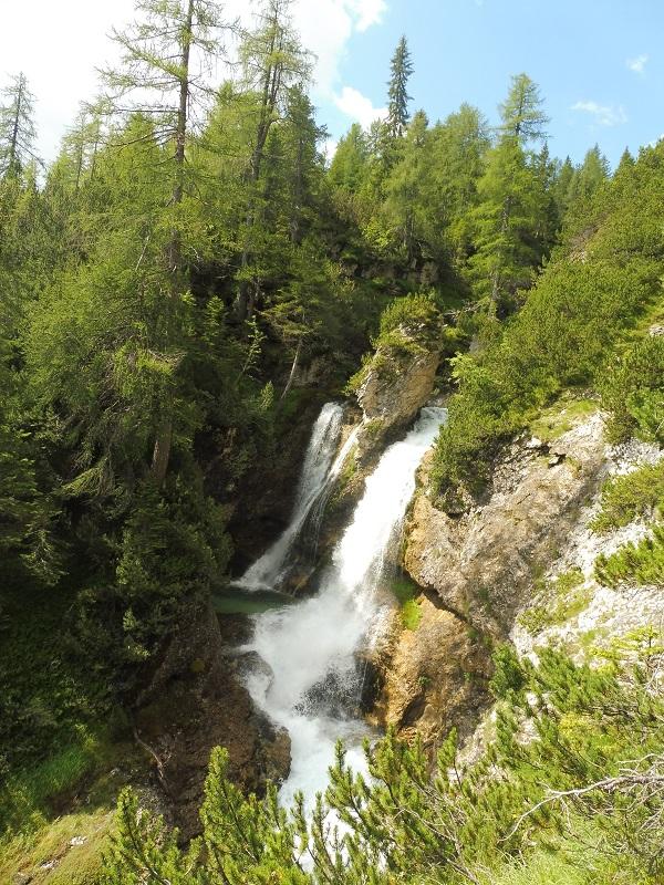 Sentiero delle Cascate e dei Canyons