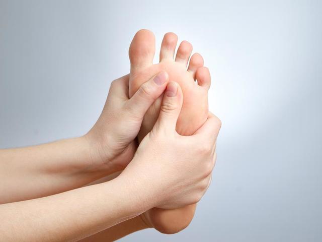 Mi a kónusz megjelenése a bőr alatt? - Talpbetét